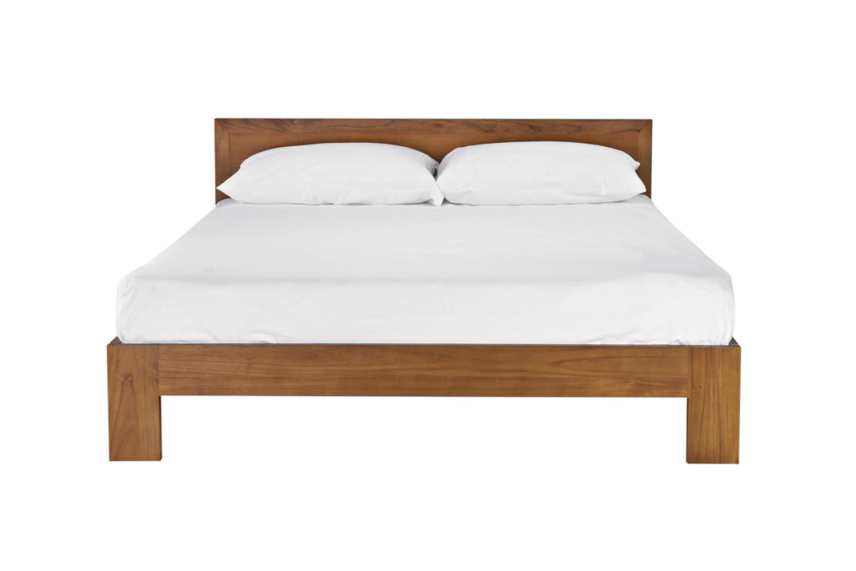常見規格的雙人床;